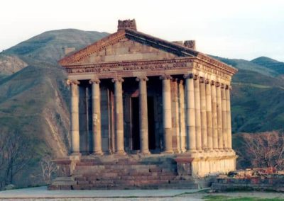 Luxury-Tour-in-Armenia.jpgqa_